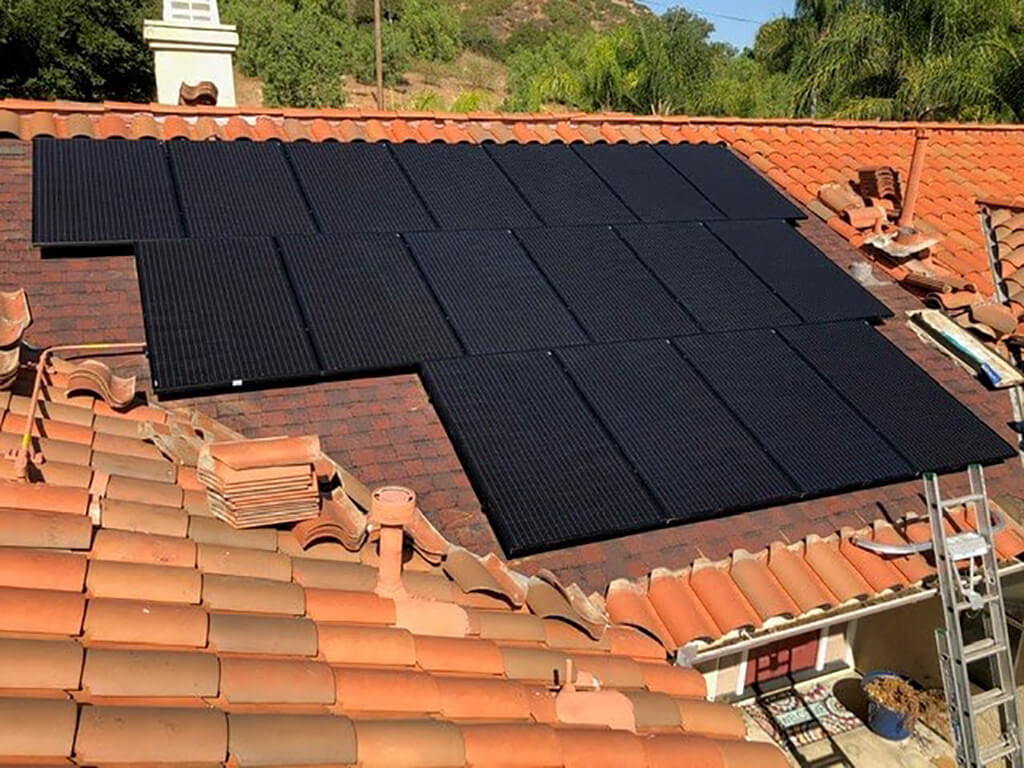 (Kennerly) Alpine (southeast sd) - 17 panels, 5.27 kW