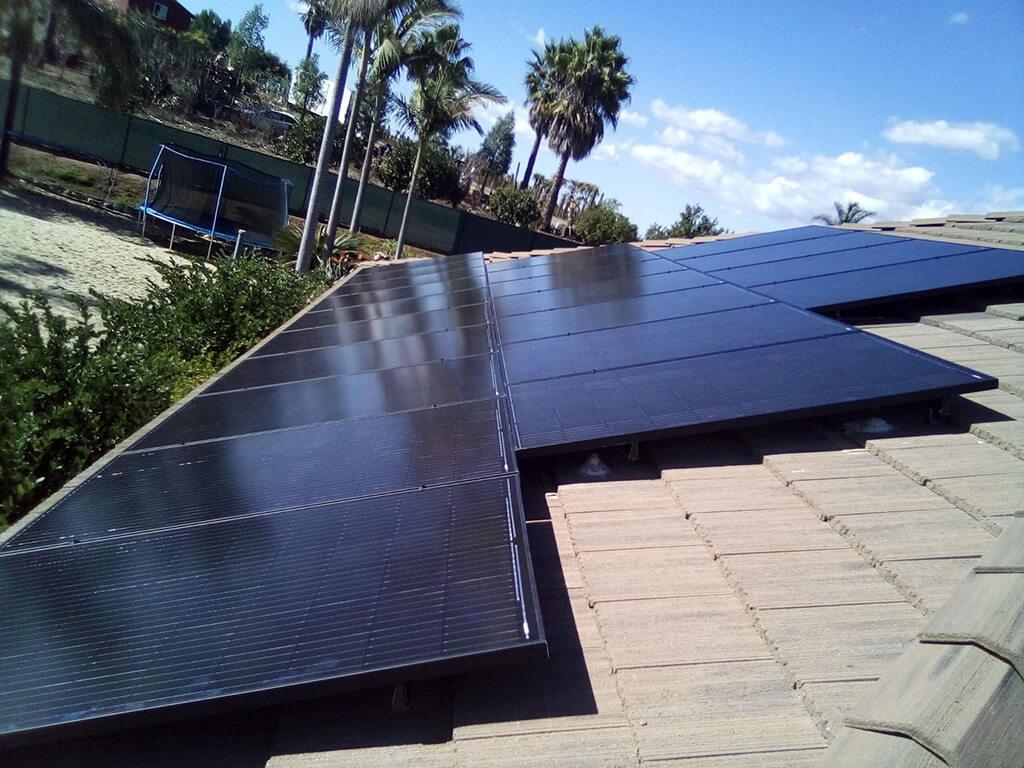 (Pacheco) Fallbrook - 37 panels, 12.21 kW